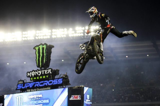 Chad Reed salutes the fans with his signature move, the Nic-Nac